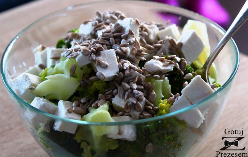 sałatka z brokułem z 3 składników
