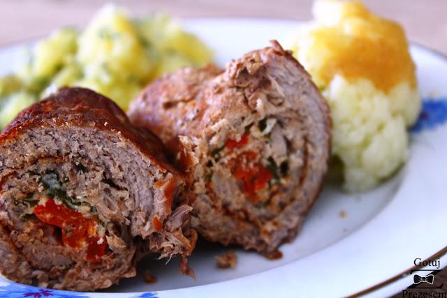 roladki z serem feta i papryką