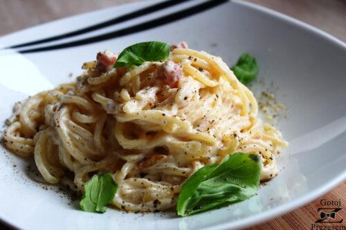 spaghetti carbonara - główne