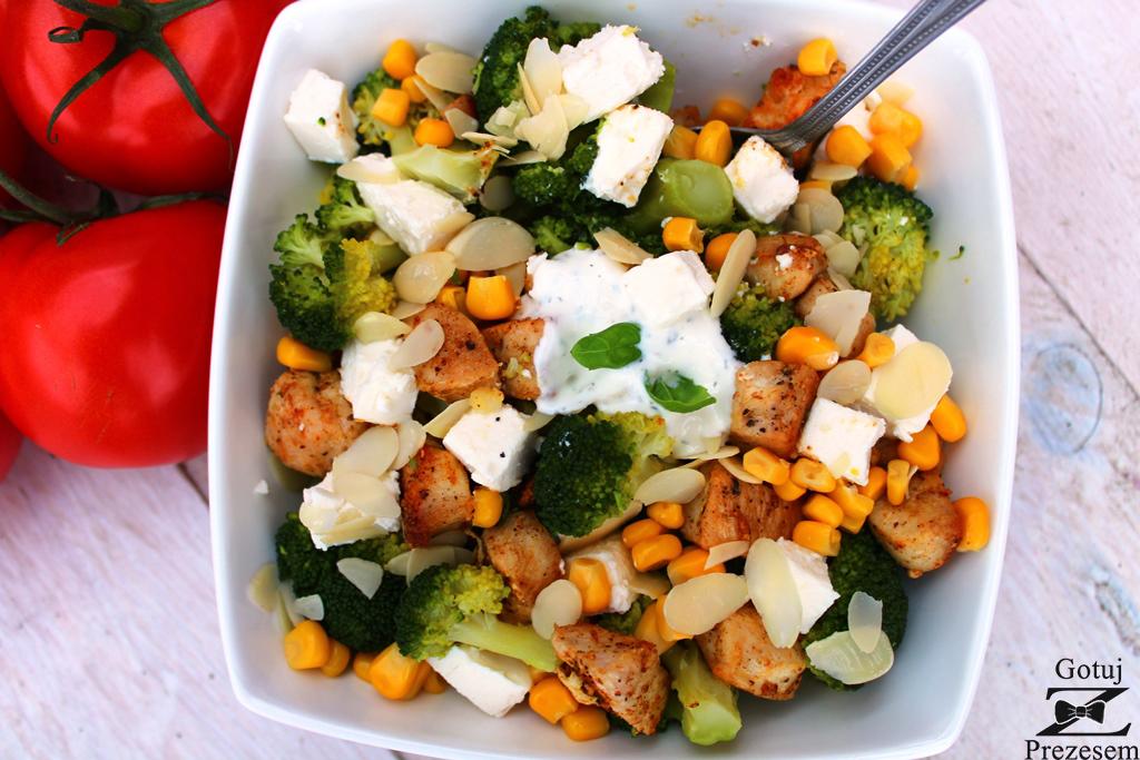 brokułowa sałatka 1