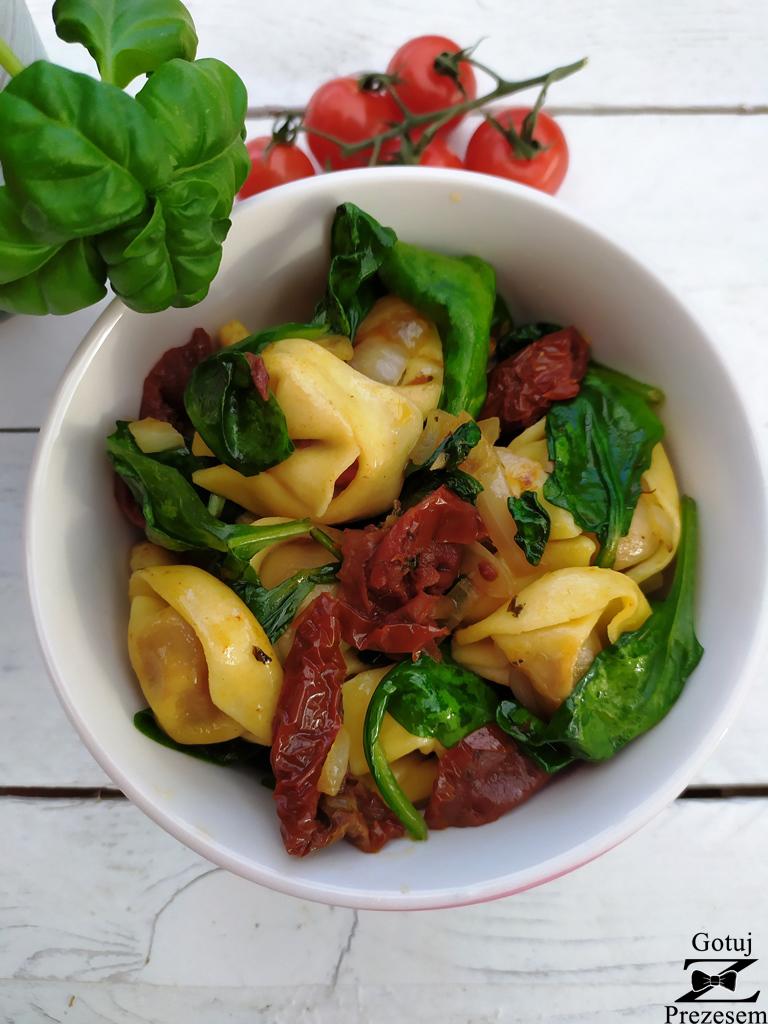 tortellini z suszonymi pomidorami 3