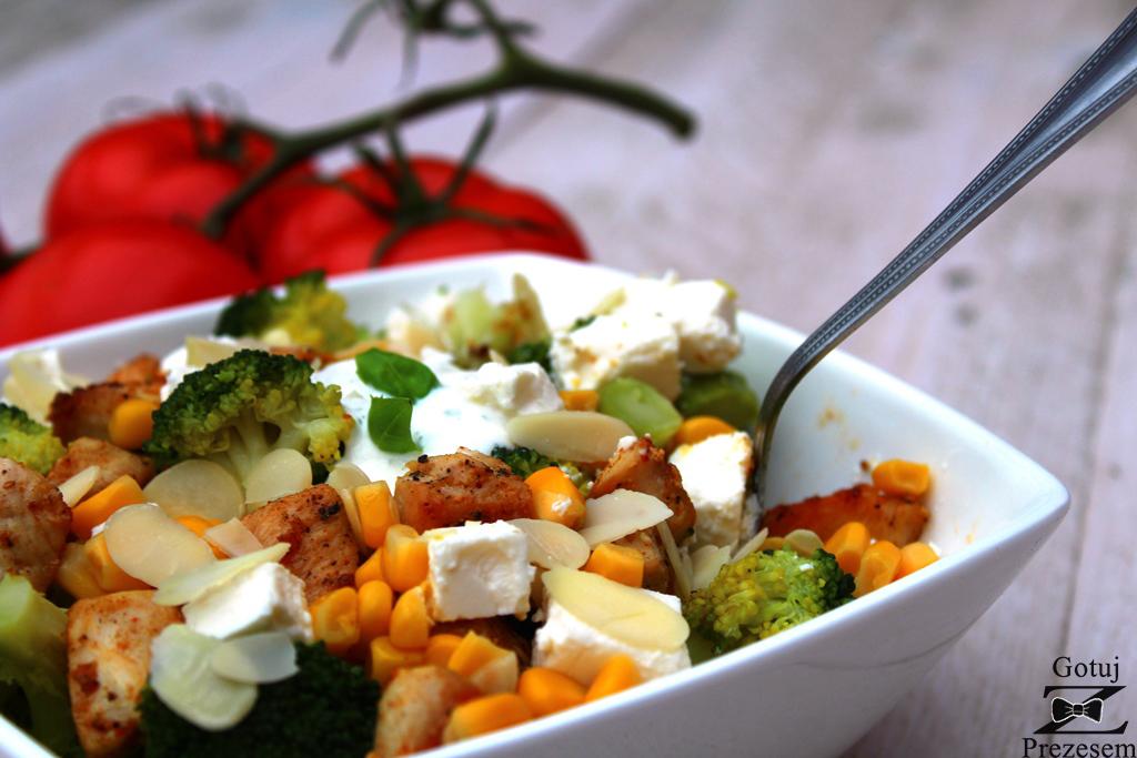 brokułowa sałatka 2