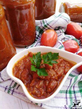 sos pomidorowy z papryką
