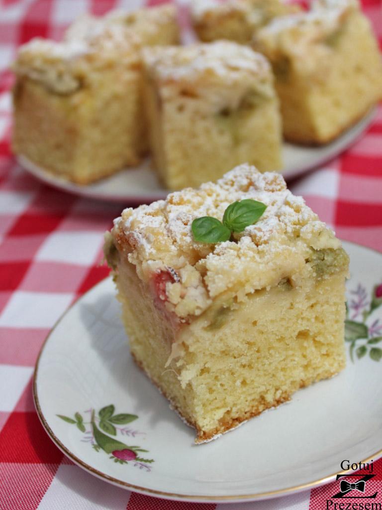 ciasto z rabarbarem i kruszonką 2