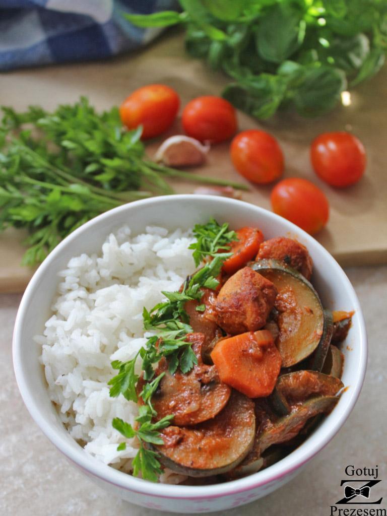 gulasz warzywny z kurczakiem 3